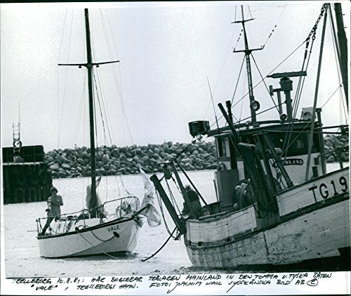 vintage-photo-of-the-trawler-mainland-bump-in-the-german-yacht-vale-in-the-port-of-trelleborg