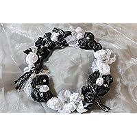 Blumen Kranz 'Black and White' Unikat handmade Blütenkranz Türkranz Tischdeko