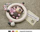 Baby Greifling Rassel Beißring mit Namen | individuelles Holz Lernspielzeug als Geschenk zur Geburt & Taufe | Mädchen Motiv Bär und Prinzessin in rosa