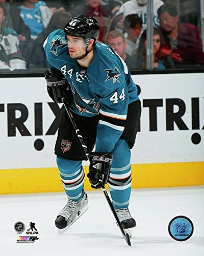 marc-edouard-vlasic-2013-14-action-photo-print-2794-x-3556-cm
