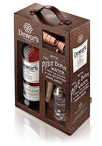 dewars-true-scotch-whisky-geschenkpackung-mit-gratis-zugabe-von-95-ml-wasser-der-pitilie-quelle-sowi