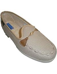 Zapatillas cerradas de rejilla adorno cadena Alberola en beig