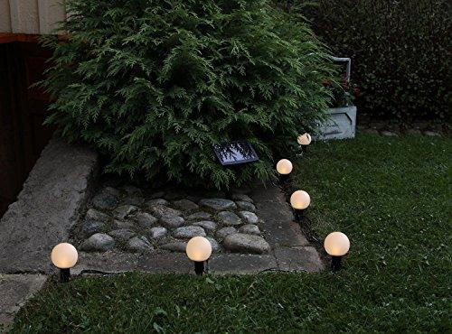 6er Set (= 6 Stück) Dekorative LED SOLAR Wegeleuchte / Gartenleuchte / Pathlights - mit je 1 warm weissen LED - mit integriertem SOLARPANEL - auch als LED SOLAR - LICHTERKETTE zu verwenden mit einer Länge von 7 Metern - inkklusive AKKU - Solar - Panel - Solar Energy - inklusive Erdspieß - für den Außen - Bereich geeignet - OUTDOOR - aus dem KAMACA - SHOP