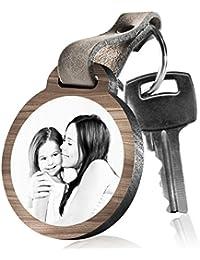 """schenkYOU Schlüsselanhänger aus Holz """"Mein größtes Glück sagt Mama zu mir"""" mit rückseitiger Fotogravur"""