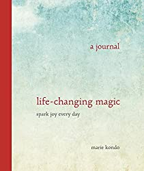 Life-Changing Magic: A Journal??- Spark Joy Every Day by Marie Kondo (2015-12-29)