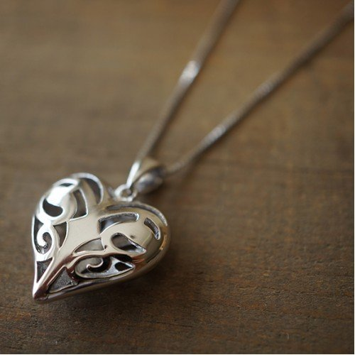 island-gifts-collana-a-cuore-di-the-vampire-diaries-la-originals-caroline-forbes