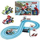 Carrera Toys Carrera FIRST Nintendo Kart - Set pista da corsa a batteria e due macchinine con Mario e Yoshi - Gioco adatto per bambini dai 3 anni, Colore Colorato, 20063026