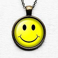 Smiley Face lächelndes Gesicht Anhänger und Halskette