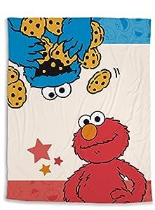 NICI 41978Material: Forro Polar de poliéster 100% Sesam Calle Manta Polar Monstruo y Elmo, 125x 160cm, Color Rojo
