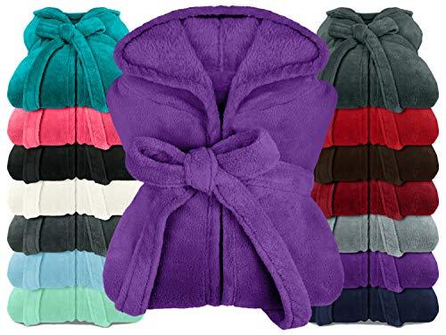 npluseins extra weicher Kapuzen-Bademantel aus Kuschelfleece - in modernen Farben und verschiedenen Größen - Unisex & wadenlang, XL, lila