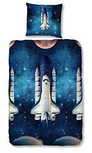 Aminata Kids – coole Jungen Bettwäsche 135x200 cm Kinder blau Weltraum Rakete Baumwolle Reißverschluss Weltall Universum Planeten Sterne Astronauten Kinderbettwäsche Bettwäscheset Bettbezug Jungs (Und Wagen Gleise)