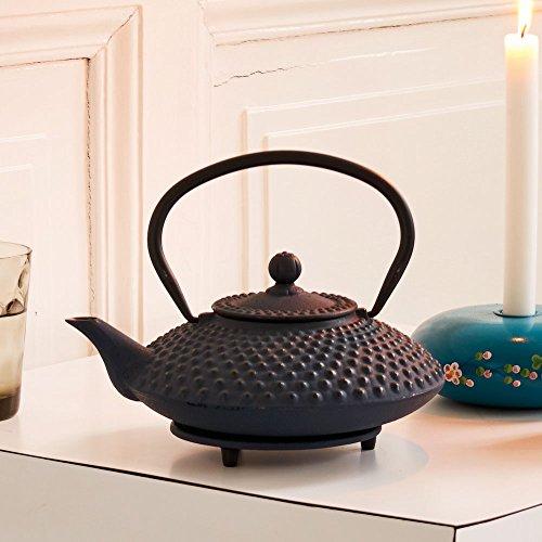 asiatische Teekanne Gusseisen Jing 1,25 ltr. blaue Noppenstruktur
