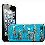 Fancy A Snuggle – Carcasa rígida para iPhone 5, diseño de nadadoras de natación sincronizada