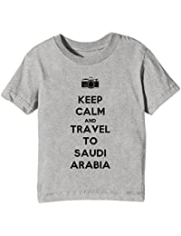 Keep Calm And Travel To Saudi Arabia Niños Unisexo Niño Niña Camiseta Cuello Redondo Gris Manga Corta Todos Los Tamaños Kids Unisex Boys Girls T-shirt Grey All Sizes