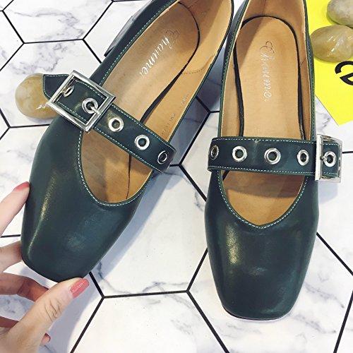 una sola scarpa fibbia allacciati le scarpe 41