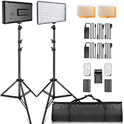 SAMTIAN Torche Vidéo Kit avec Support LED Panel Set avec trépied et 240pcs 3200 / 5600K Perles, y Compris Chargeur de Batterie Mini Ball Head et Carry Case pour la Photographie de Studio Youtube
