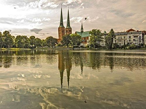 Artland Poster oder Leinwand-Bild fertig aufgespannt auf Keilrahmen mit Motiv Andrea Potratz Lübecker Dom Städte Deutschland Lübeck Fotografie Ocker