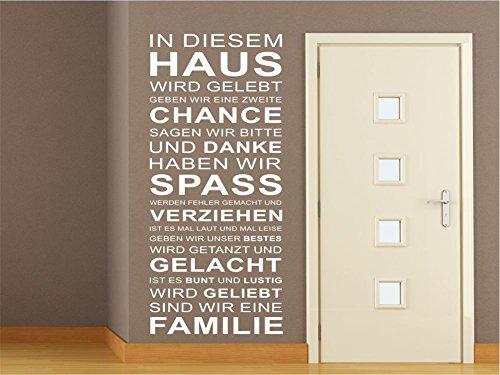 x-modeling® Wandtattoo FAMILIE IN DIESEM HAUS Wohnzimmer Flur Diele Sprüche Zitat M2097 dunkelgrau 150cm x 66cm