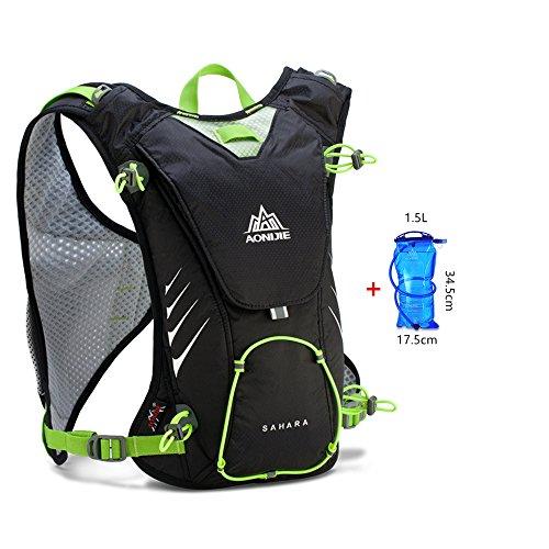 AONIJIE 8L Ultrleicht Sport Taschen Hydration Rucksack Wanderrucksack mit 1.5L Trinkblase Schwarz