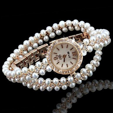 Belles montres, Marque perle gentille dame femmes regardent briller poignet
