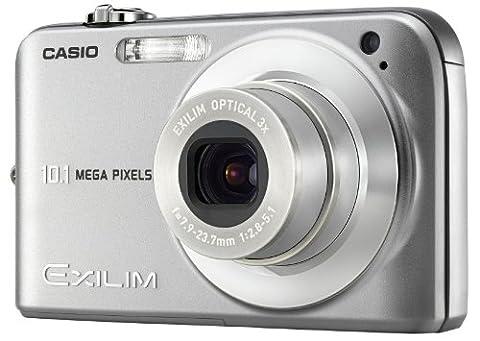 Casio EXILIM EX-Z1050 Digitalkamera (10 Megapixel, 3-fach opt. Zoom, 6,6 cm (2,6 Zoll) Display) silber