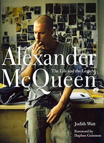 [(Alexander McQueen : The Life and the Legacy)] [By (author) Judith Watt ] published on (October, 2012)