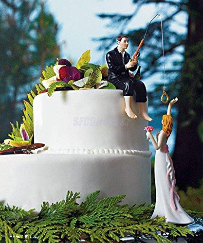 Material: Resina.Bride Altura: aproximadamente 13.5cm/5.3pulgadasNovio Altura: aprox 9cm/3,5pulgadasTamaño del paquete (L x W x H): aprox 15* 6.5* 18,5cm/5.9* 2.5* 7.3pulgadasDiseño de figuras para tartas de boda, la novia con flores y salu...