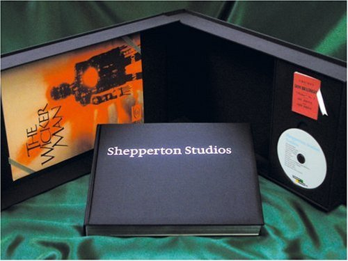 Shepperton Studios: Collector's Limited Edition with bonus region-free DVD by Morris Bright (2005-09-22)