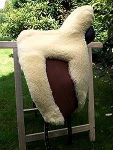 Zalea de selle en peau d 39 agneau dot s d 39 une coupe - Cuisiner une selle d agneau ...
