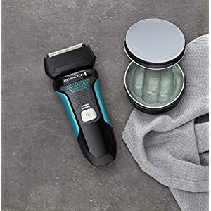 Remington F4 Style Series Electric Shaver with Pop Up Trimmer and 3 Day Stubble Styler, Cordless, Rechargeable Men's Electric Razor, F4000