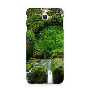 Hamee Designer Printed Hard Back Case Cover for Samsung Galaxy C9 Pro Design 9961