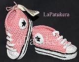 100% BIO-BAUMWOLLE. Ökologisch. Babyschuhe . Crochet. Unisex. Converse-Stil. Rosa Korallen. Handmade in Spanien. Turnschuh gehäkelt gestrickt. Freies Verschiffen. Geschenk fürs Baby