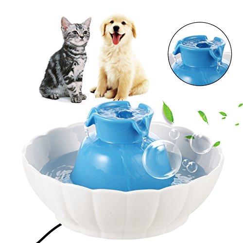 Trinkbrunnen für Katzen und Hunde aus Keramik, mit Doppelschicht-Kohlefilter, Automatischer Katzentränke mit LED-Licht, 2.1 L Wasserbrunnen, 27 x 27 x 14 cm, Blau und Weiß