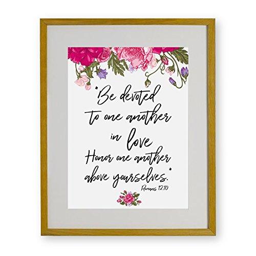 True Love Bibel Vers Print | Romans 12: 10| Freundschaft, Ehe, Geburtstag, Jahrestag Rahmen Geschenk, Brown Frame, 30 x 40 cm