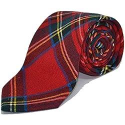 Corbata Tradicional con Patrón Escocés Rojo