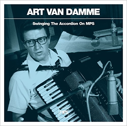 swinging-the-accordion-on-mps