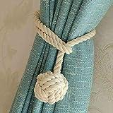Ein Paar handgestrickte Vorhang-Raffhalter von Do4U beige