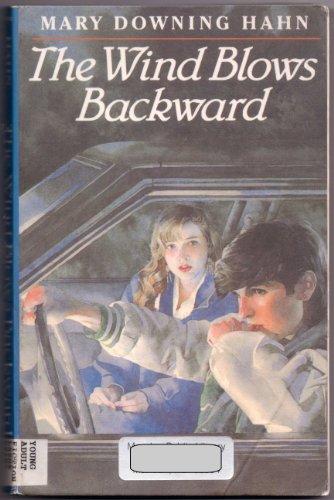 The Wind Blows Backward (Thorndike Large Print Teen Scene)