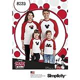 Simplicity Pattern 8223del niño y Adultos Camisetas con Apliques de Disney, Color Blanco