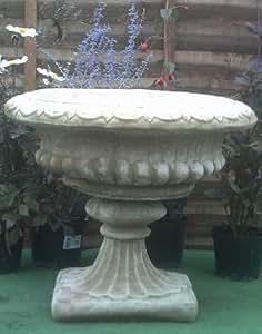 Vase en pierre style victorien en béton Effet Antique
