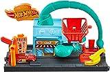 Hot Wheels FNP62 City Skorpionangriff Set, Skorpion und Burgerladen Spielset inkl. 1 Spielzeugauto, ab 4 Jahren