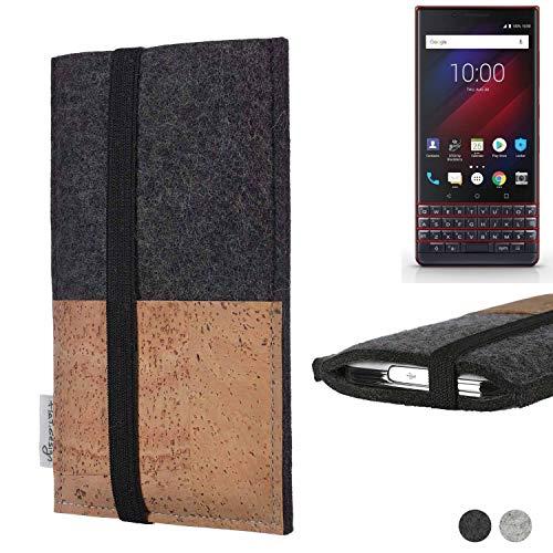 flat.design Handy Hülle Sintra für BlackBerry Key 2 LE Dual-SIM Handytasche Filz Tasche Schutz Kartenfach Case Natur Kork