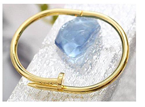celenide-armreif-in-nagelform-goldfarben-luxus-schmuck-modetrend-fr-damen-und-mdchen