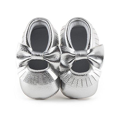 Delebao Babyschuhe Krabbelschuhe Leder Baby Lauflernschuhe Neugeborene Erste Schuhe Lederschuhe Weiche Sohle mit Quaste und Bowknot 0-6 Monate Silber (2 Leder-schuhe Silber)