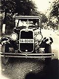 Artland Qualitätsbilder I Poster Kunstdruck Bilder 45 x 60 cm Fahrzeuge Auto Foto Schwarz Weiß A4RT Oldtimer Nummernschild IA 30431 Front Auto
