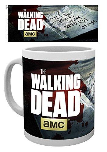 empireposter - Walking Dead, The - Need Rick - Größe (cm), ca. Ø8,5 H9,5cm - Lizenz Tassen, NEU - Beschreibung: - TV-Zombie-Horror-Serie - Panorama - Keramik Tasse, weiß, bedruckt, Fassungsvermögen 320 ml, offiziell lizenziert, spülmaschinen- und mikrowellenfest - -