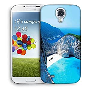 Snoogg White And Green Mountain Designer Protective Phone Back Case Cover For Samsung Galaxy S4