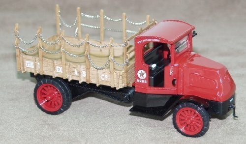 Ertl Collectibles Texaco 1918 Mack AC Bulldog Flatbed Truck 1:32 Scale Diecast Bank by Ertl