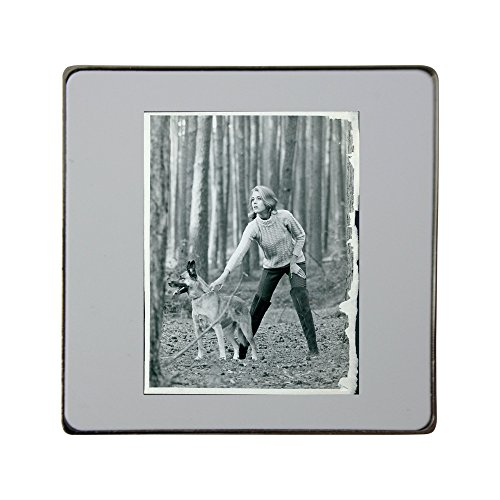 metal-square-fridge-magnet-with-jane-fonda-with-her-dog