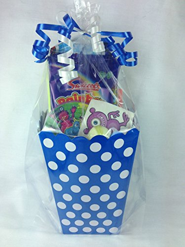 blue-polka-dot-boys-treat-boxes-boys-pre-filled-party-bags